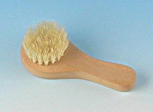 Rustic Handled Facial Brush
